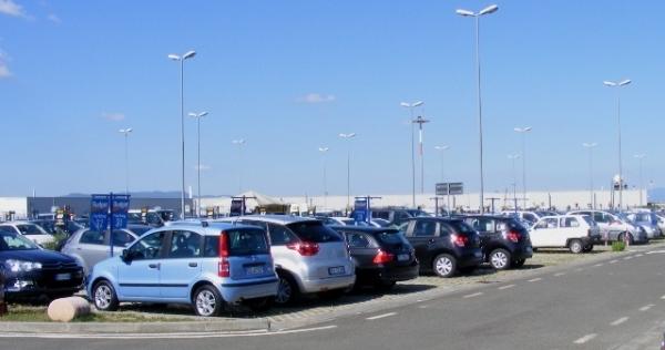 prijzen parkeren schiphol augustus 2015